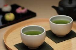 美味しい緑茶を飲むための入れ方の原則、茶器の選び方、茶葉の買い方・保存方法の極意