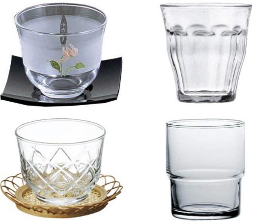 冷茶用グラス、小ぶりのガラスコップ