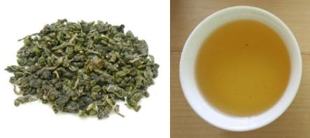 青茶(凍頂烏龍茶)の茶葉、水色